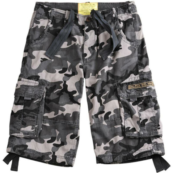 Alpha Industries  JET Shorts, black camo 32 inches