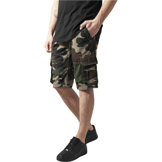 Urban Classics Fitted Cargo Shorts, wood camo